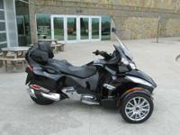 Call  This is the Top of the Line Can Am Spyder and