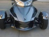 2013 CAM-AM Spyder RT-SM5. 5 months left on warranty-