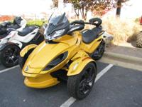 Motorcycles Sport Touring. Low miles. 2013 Can-Am