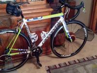 Supersix evo has full SRAM red. Frame size is 54cm. Has