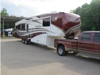 2013 Forest River Cedar Creek Fifth Wheel, Cedar Creek
