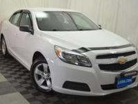 EPA 34 MPG Hwy/22 MPG City! CARFAX 1-Owner, LOW MILES -