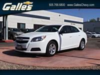 Delivers 34 Highway MPG and 22 City MPG! This Chevrolet