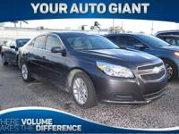 Come see this 2013 Chevrolet Malibu LT. Its Automatic