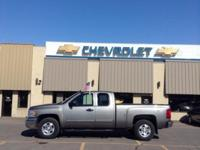 EPA 21 MPG Hwy/15 MPG City! Alloy Wheels, Tow Hitch,