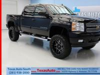 LTZ-4X4-LIFTED-NAV-REAR CAM-REMOTE START-HEATED/COOLED