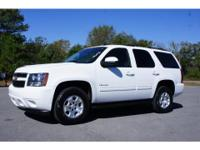 Exterior Color: summit white, Body: SUV, Engine: 5.3L