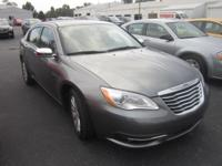 LEATHER, HEATED FRONT SEATS, MP3 Player, KEYLESS ENTRY,