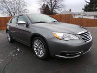 This used 2013 Chrysler 200 in Alliance, OH is luxury