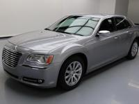 2013 Chrysler 300 Series with 5.L HEMI V8 SFI