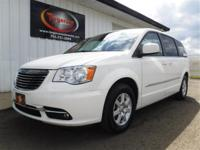 FREE POWERTRAIN WARRANTY! LOCAL TRADE 2013 CHRYSLER
