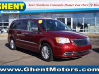FUEL EFFICIENT 25 MPG Hwy/17 MPG City! Moonroof, Nav