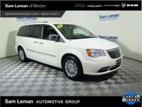 2013 Chrysler Town & Country Limited in Bright White