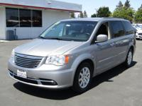 Options:  2013 Chrysler Town & Country Touring|This