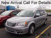 Exterior Color: gray, Body: Minivan, Engine: 3.6L V6