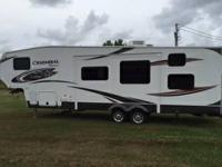 2013 Chaparral Fifth wheel camper 269 BHS fifth wheel