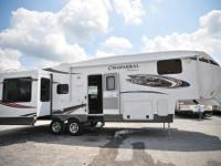 2013 CHAPPARRAL, 310RLTS-Chaparral Mid-Profile Fifth