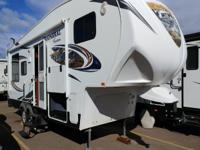 2013 Coachmen Chaparral Lite 268 RLE 5th Wheel-Cold