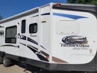 2013 Coachmen Freedom Express M 302 V, CD Player, DVD