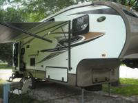 2013 Crossroads Cruiser Fifth Wheel Model CF27RLX - It