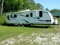 2013 Cruiser RV Shadow Cruiser M-SF285RLS. This really