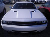 *LOCAL TRADE*. Challenger R/T, 2D Coupe, HEMI 5.7L V8