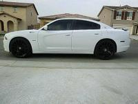 Like new,custom,2014 dodge charger r/t