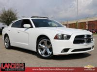 Bright White Clearcoat 2013 Dodge Charger SXT RWD