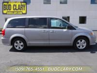 Bluetooth, Hands-Free, 3rd Row Seating, Keyless Entry,
