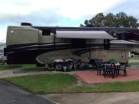 2013 DRV Tradition Mobile Suites 39' 5th wheel Front