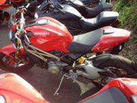 2013 Ducati Monster 1100 EVO one owner! Competition