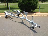 capacity) New EZ-Loader Jet Ski/Jon Boat Trailer Some