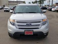Options:  2013 Ford Explorer Limited|Silver|Clean