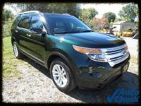 Exterior Color: green gem metallic, Body: SUV, Engine: