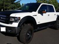 2013 Ford F-150 Lariat SuperCrew LIFTED 4x4 Truck