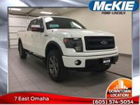 **CLEAN VEHICLE HISTORY REPORT NO ACCIDENTS//. F-150