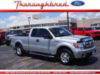 One owner vehicle - 60/40 seat - Running boards - Bed