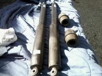 im selling a pair of oem rear shocks and a pair of rear