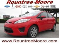Fiesta SE and 1.6L I4 Ti-VCT. A great deal in Lake
