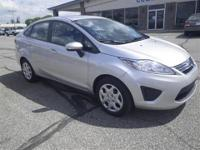 *Low Miles* *This 2013 Ford Fiesta SE* *Bluetooth*