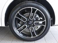 ***CLEAN AUTOCHECK*** and 1 OWNER. Class III Trailer