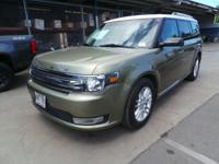 Come see this 2013 Ford Flex SEL. Its Automatic