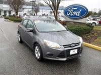 CLEAN CARFAX 1 OWNER PERSONAL LEASE VEHICLE2013 FORD