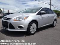 2013 Ford Focus SE Sedan. Carfax Certified One Owner.