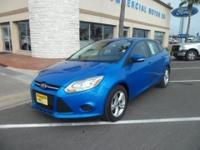 2013 FORD FOCUS SE - AWESOME BLUE EXTERIOR - NICE BLACK