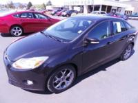 2013 Ford Focus SE with only 15k miles and Leather