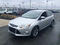*Bluetooth* *This 2013 Ford Focus SE has a sharp Oxford