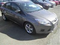 2013 Ford Focus SE CARFAX: 1-Owner, Buy Back Guarantee,