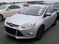 Silver 2013 Ford Focus SE FWD 5-Speed Manual 2.0L