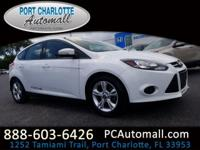 Clean CARFAX. 2013 Ford Focus SE FWD 5-Speed Manual